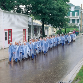 Girl scouts on Mackinac Island by Traverse City Photographer Thomas Kachadurian