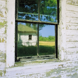 Cottage window by Traverse City Photographer Thomas Kachadurian