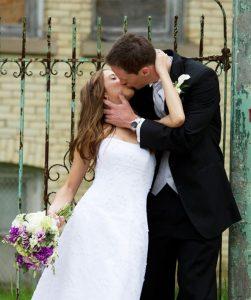 A Real Kiss by Photographer Thomas Kachadurian
